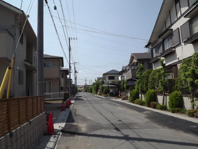 2011_06060011